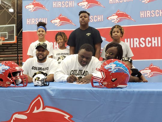 Hirschi senior Lloyd Murray signed a letter of intent to play football for the University of Colorado Buffaloes on Wednesday.