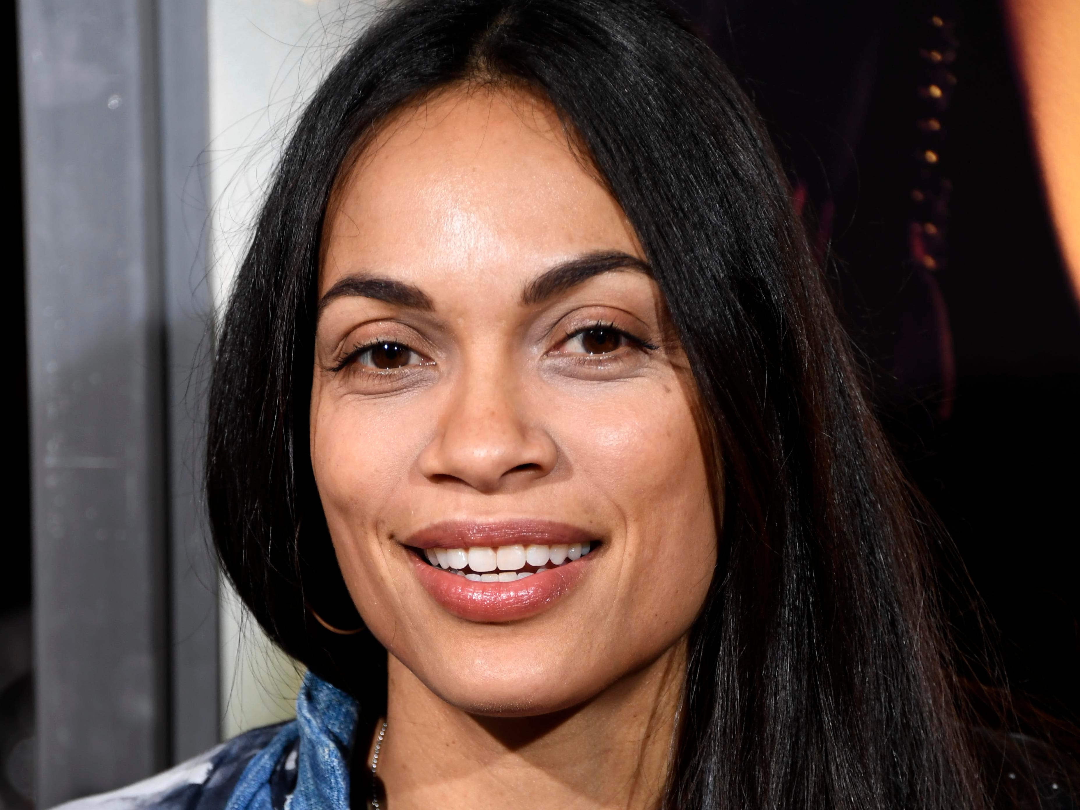 "LOS ANGELES, CALIFORNIA - JANUARY 30: Rosario Dawson attends the Premiere Of Columbia Pictures' ""Miss Bala"" at Regal LA Live Stadium 14 on January 30, 2019 in Los Angeles, California. (Photo by Frazer Harrison/Getty Images) ORG XMIT: 775286444 ORIG FILE ID: 1126345796"