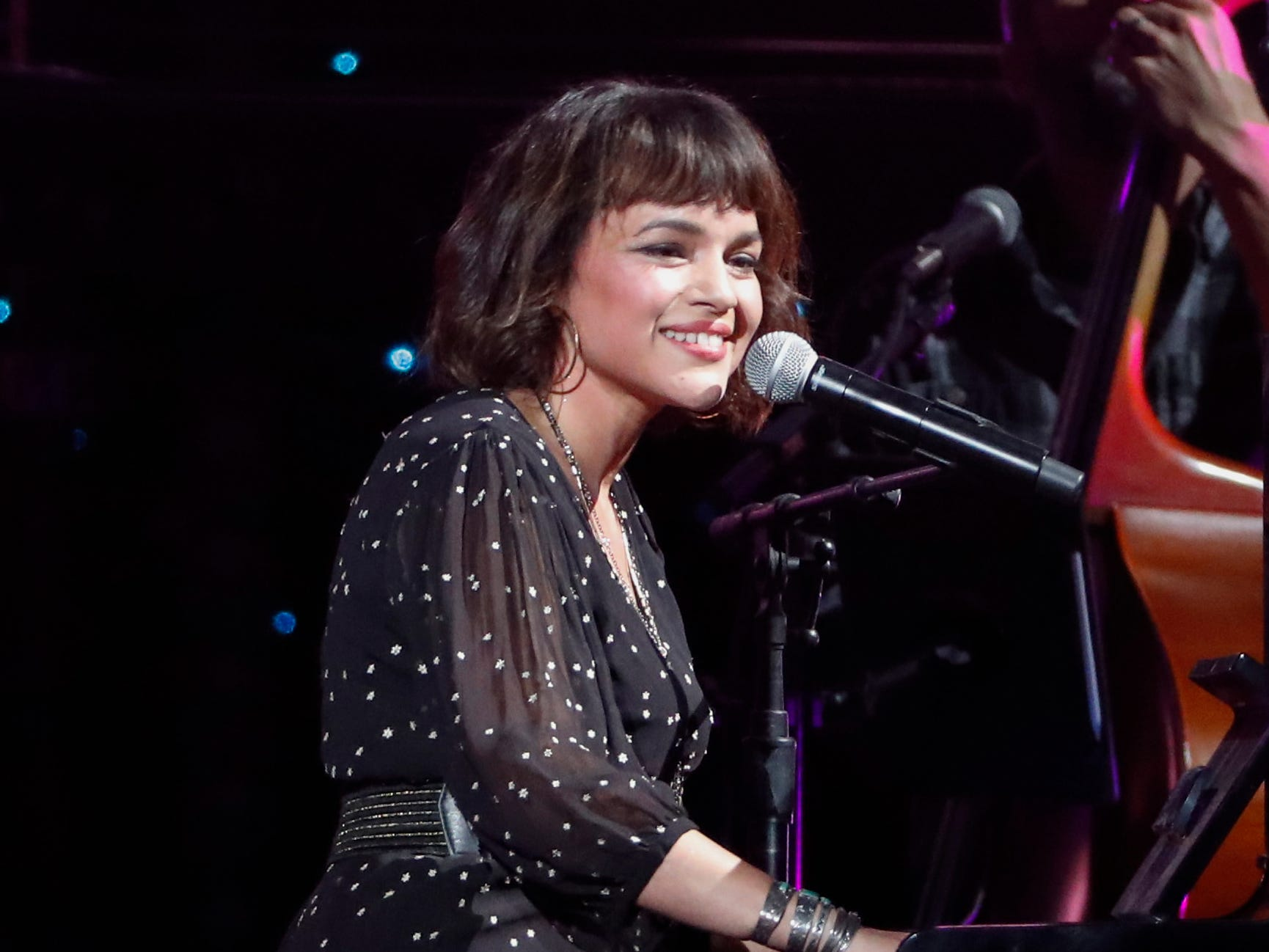 Norah Jones performs at Willie: Life & Songs Of An American Outlaw at Bridgestone Arena on Saturday, Jan. 12, 2019, in Nashville, Tenn. (Photo by Al Wagner/Invision/AP) ORG XMIT: TNAW118