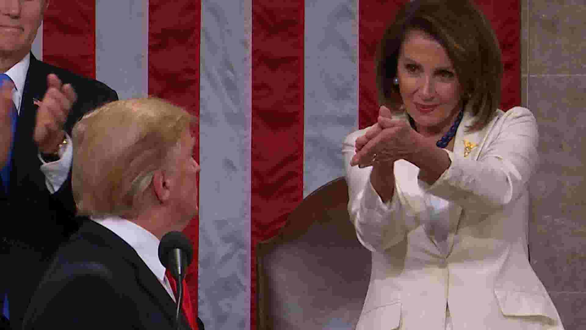 State Of The Union Nancy Pelosis Daughter Reacts To Viral Clap