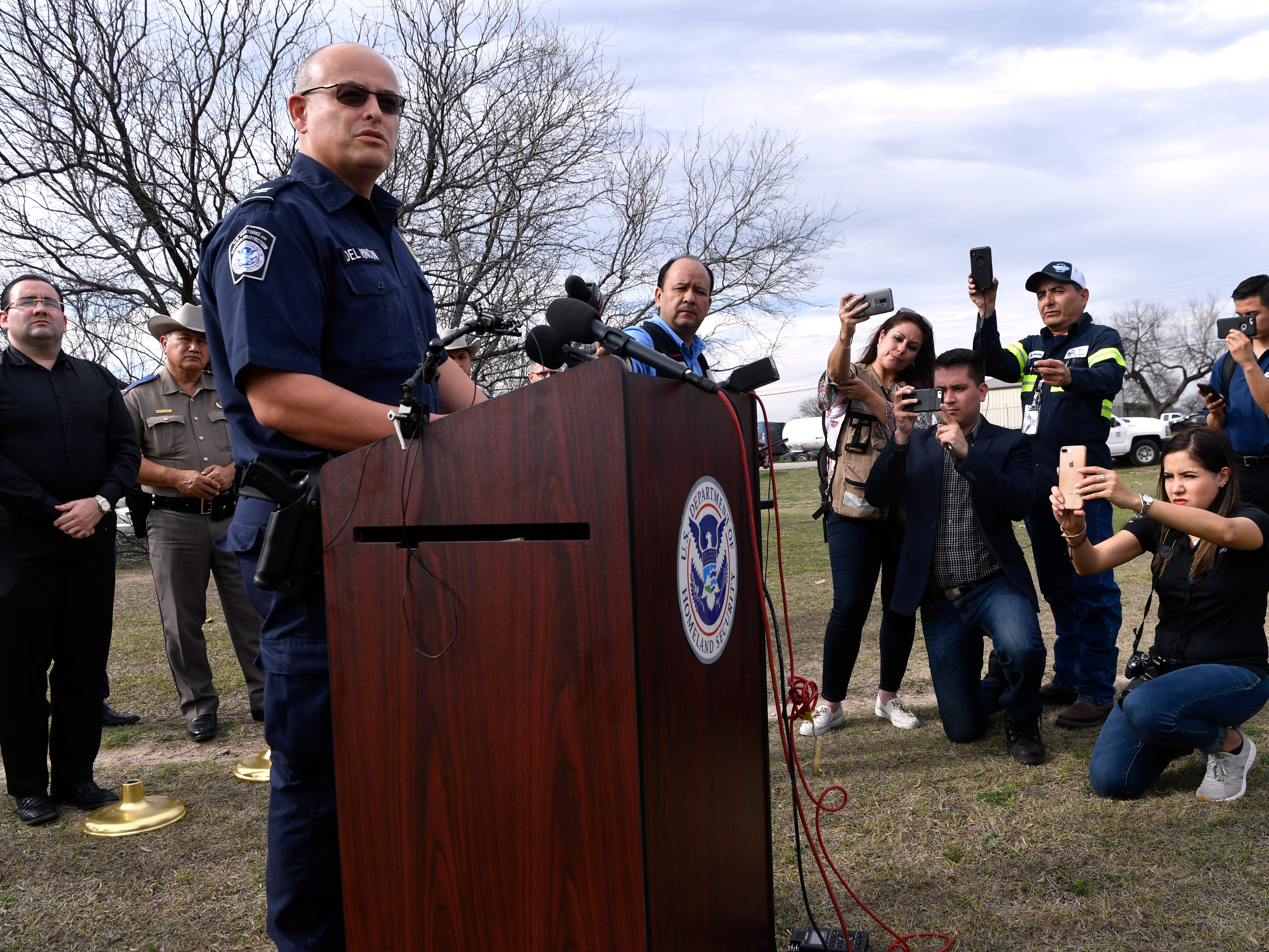 Paul Del Rincon, the port director for the Eagle Pass Port of Entry, speaks to reporters Wednesday Feb. 6, 2019 about his agency's preparedness regarding the recently-arrived migrant caravan in Piedras Negras.
