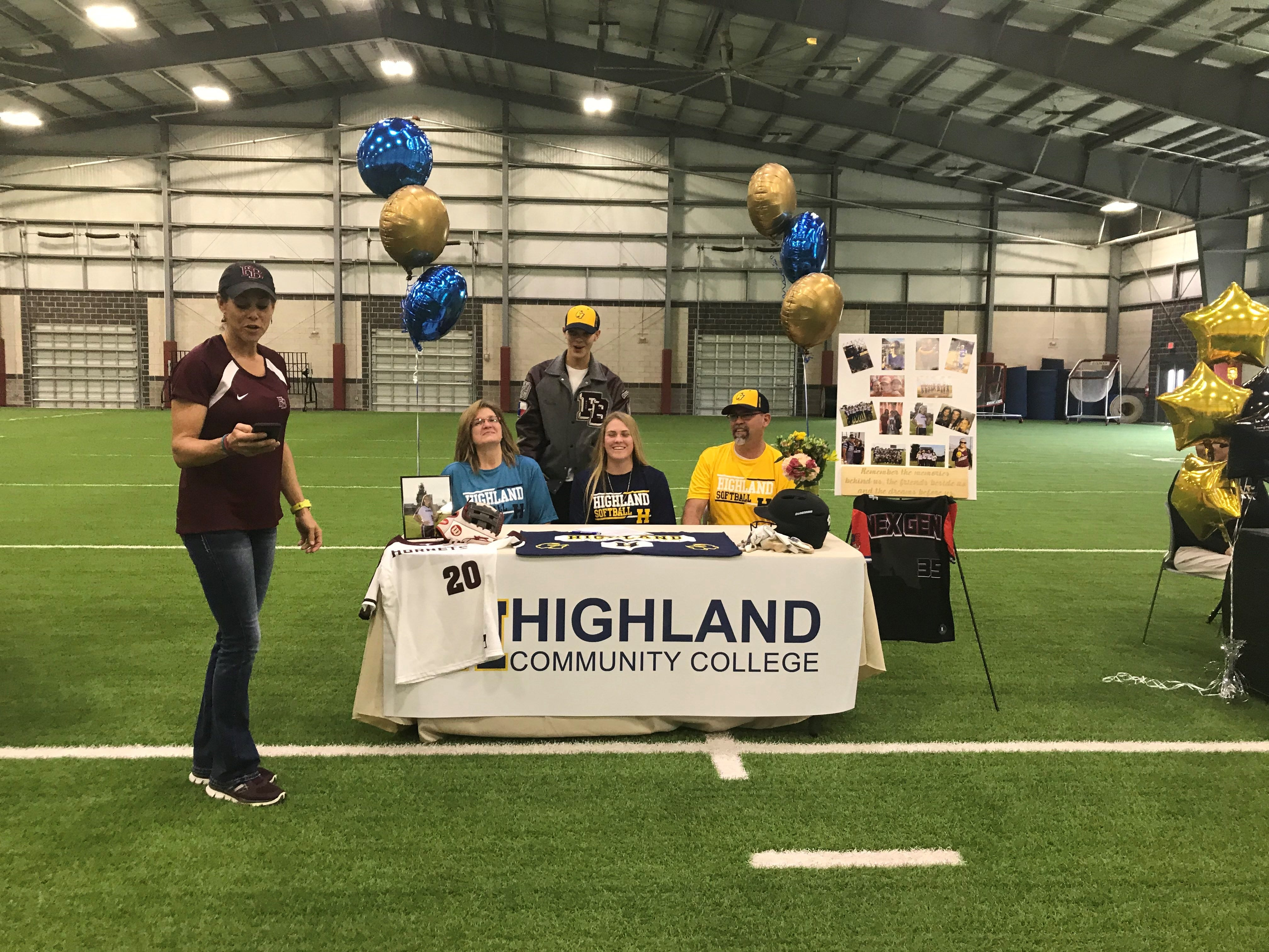 Dakota Miller signed with Highland Community College on Wednesday, Feb. 6 at Flour Bluff's athletic facility.