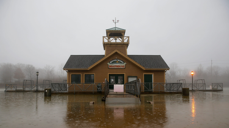 Cincinnati Weather Fog Storms Rain Winds Plummeting Temperatures