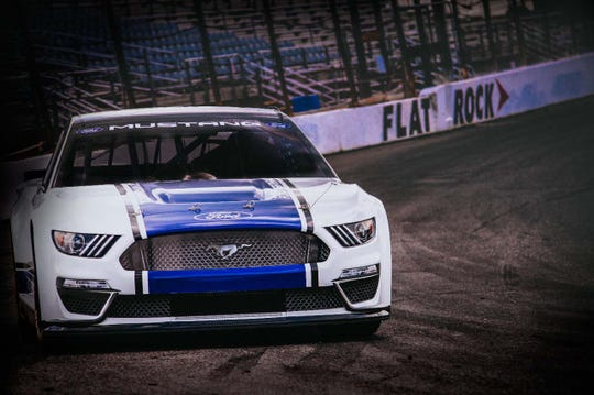 Ford Will Debut Its  Nascar Mustang At Daytona  Qualifying February