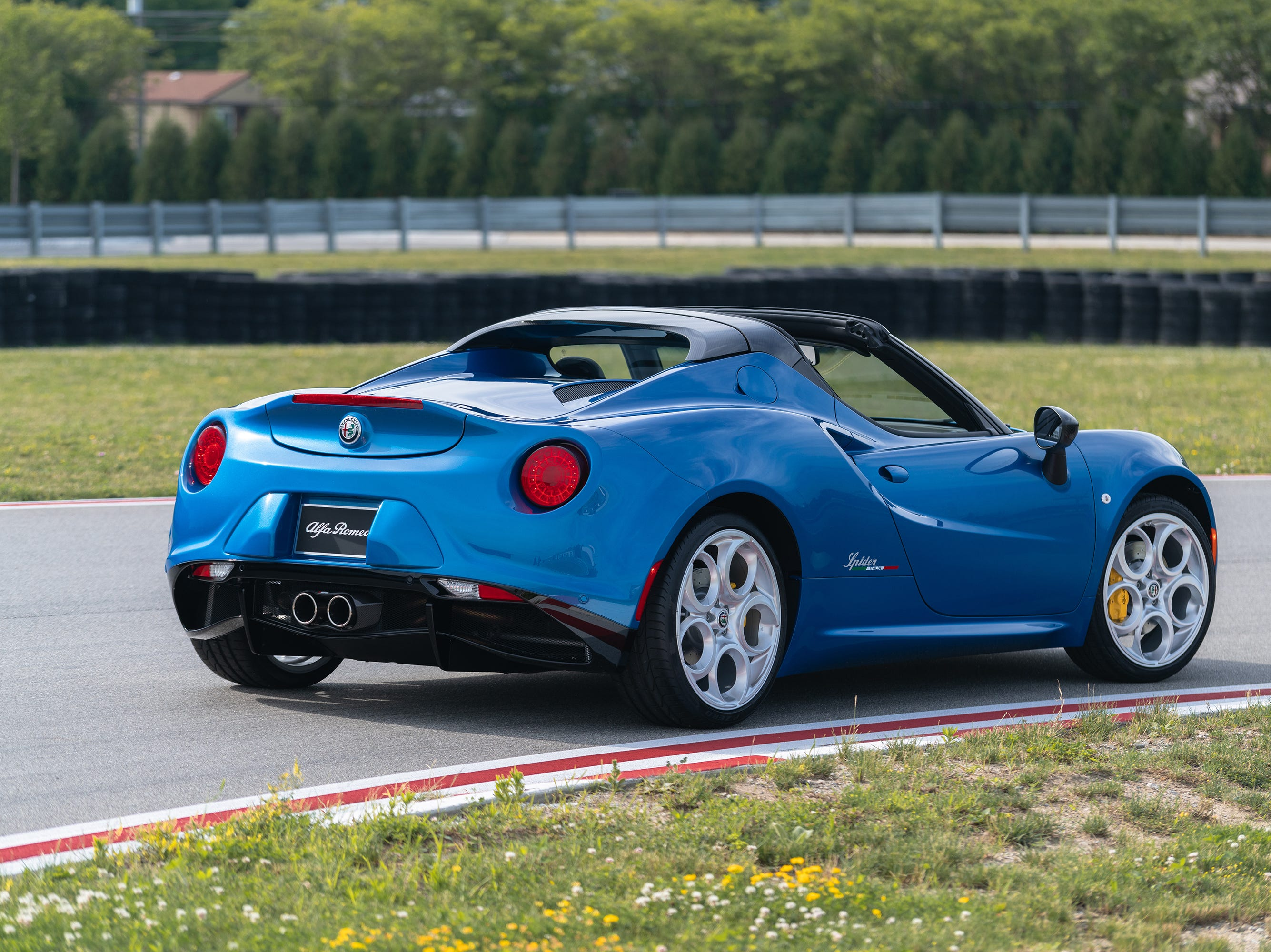 2020 Alfa Romeo 4C Spider Italia.