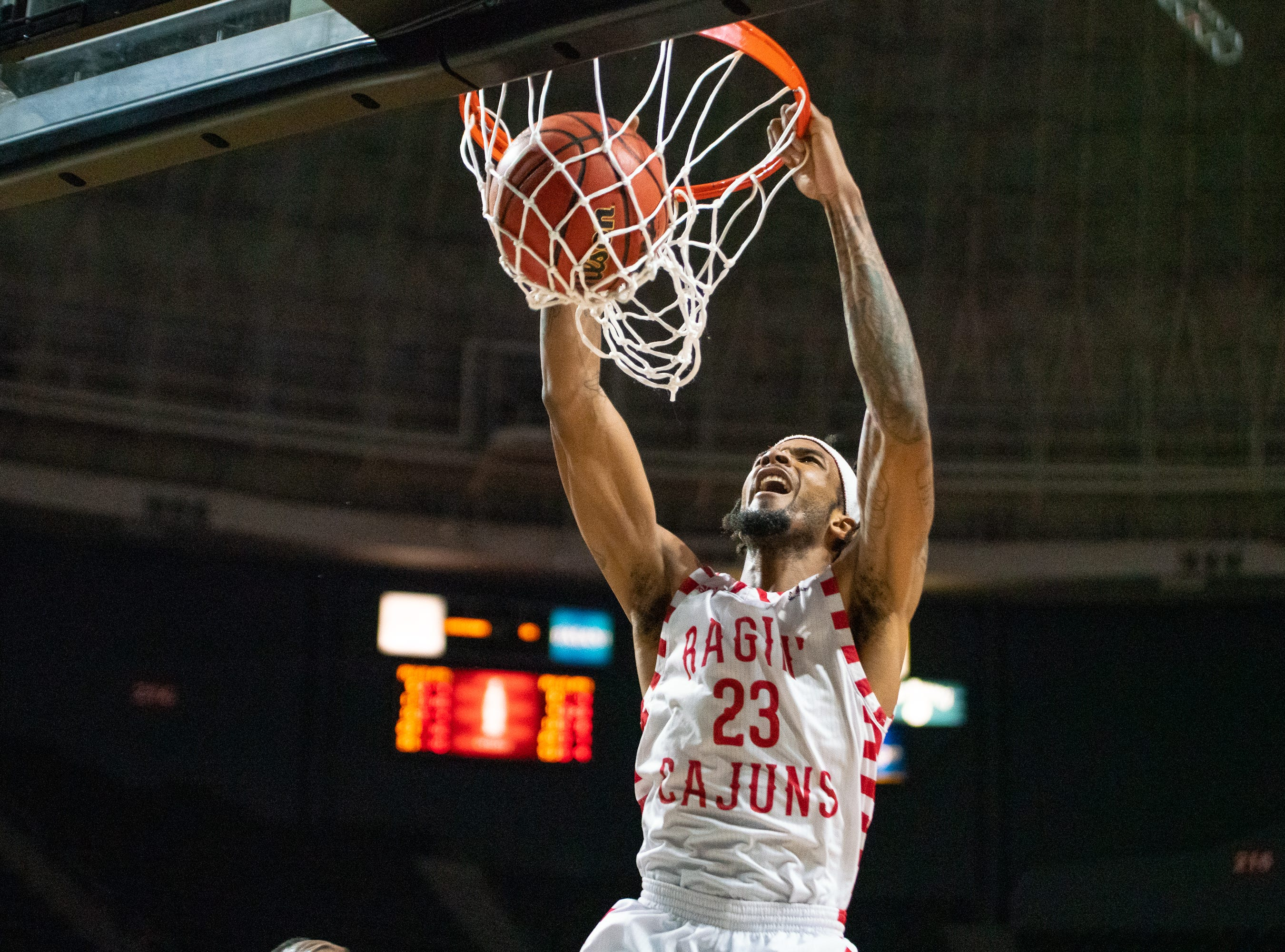 UL's JaKeenan Gant scores a dunk during the play as the Ragin' Cajuns take on the Georgia Southern Eagles at the Cajundome on Feb. 6, 2019.