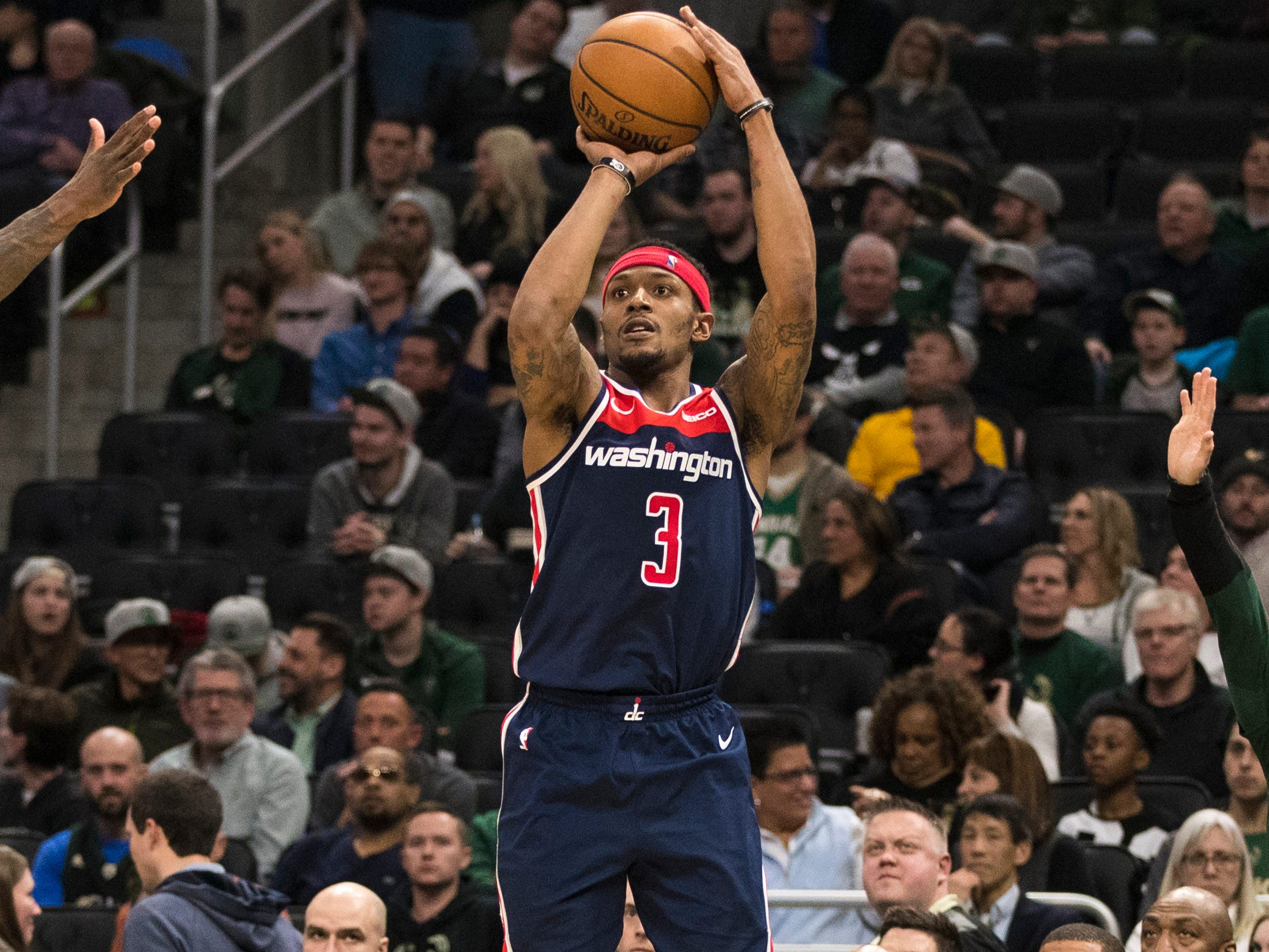 Guard Bradley Beal did his best to keep the Wizards in the game against the Bucks with 30 points on Wednesday night.