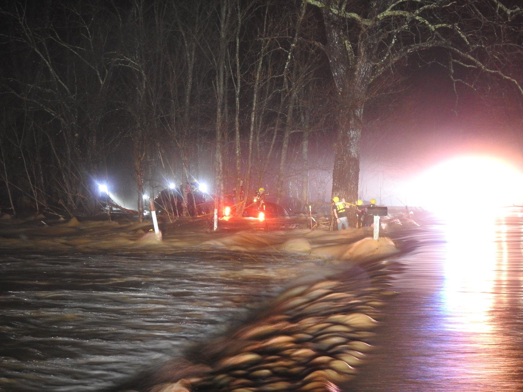 A Wednesday night storm in Dickson County caused widespread flooding, which led to water rescues and wrecks.