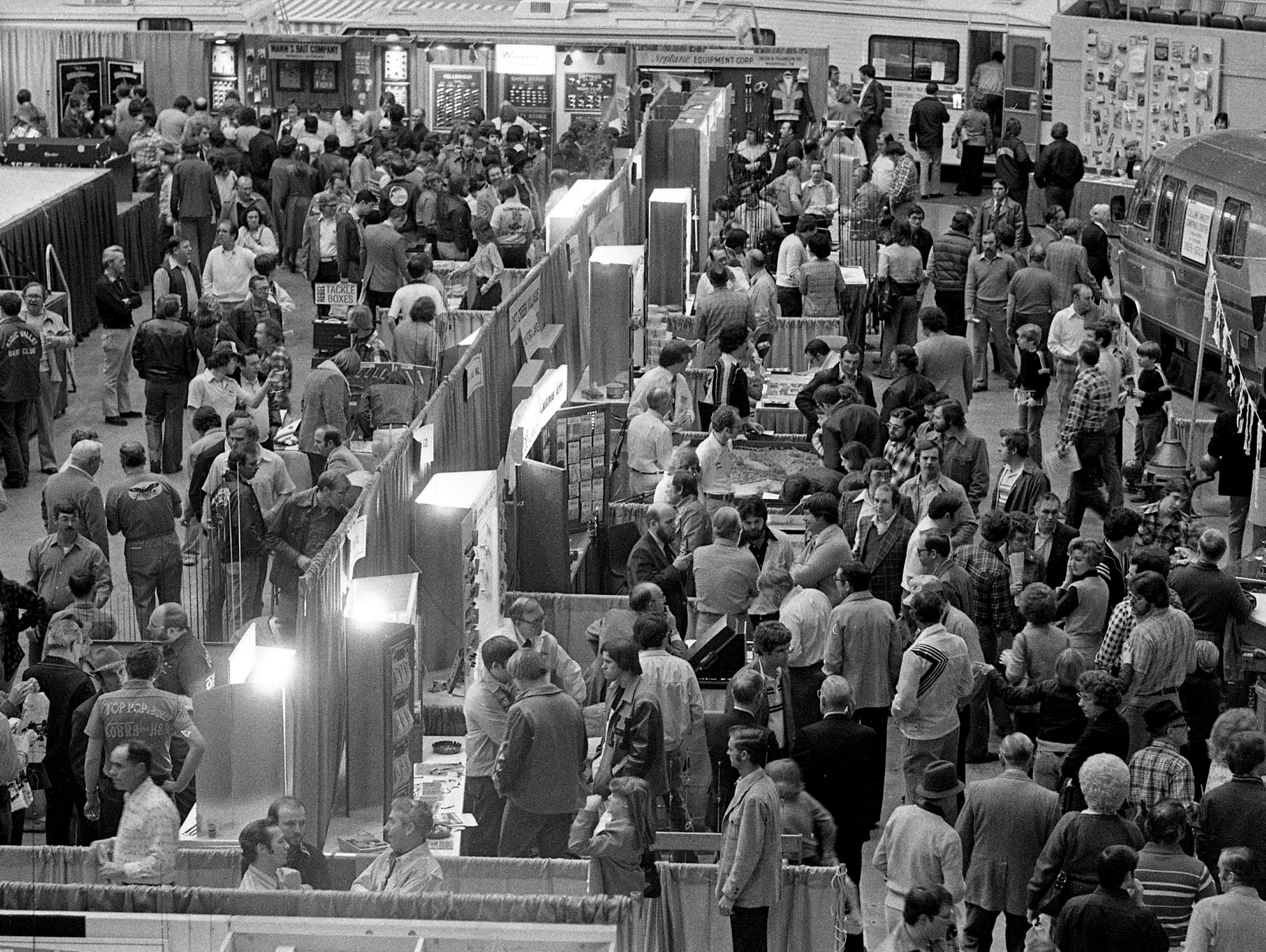 The main floor of the Municipal Auditorium is packed for the 23rd annual Great Lakes of the South Outdoor show Feb. 15, 1979.