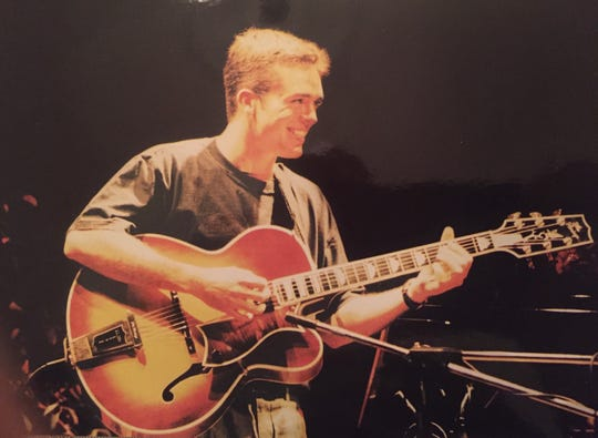 Coleman Mellett, 34, of East Brunswick, was a guitarist for jazz trumpeter Chuck Mangione.