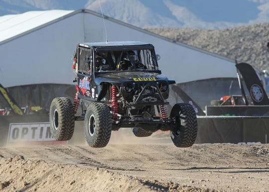 Arturo Sora and Vicente Farias race in the King of the Hammers Every Man Challenge race in Landers, February 6, 2019.