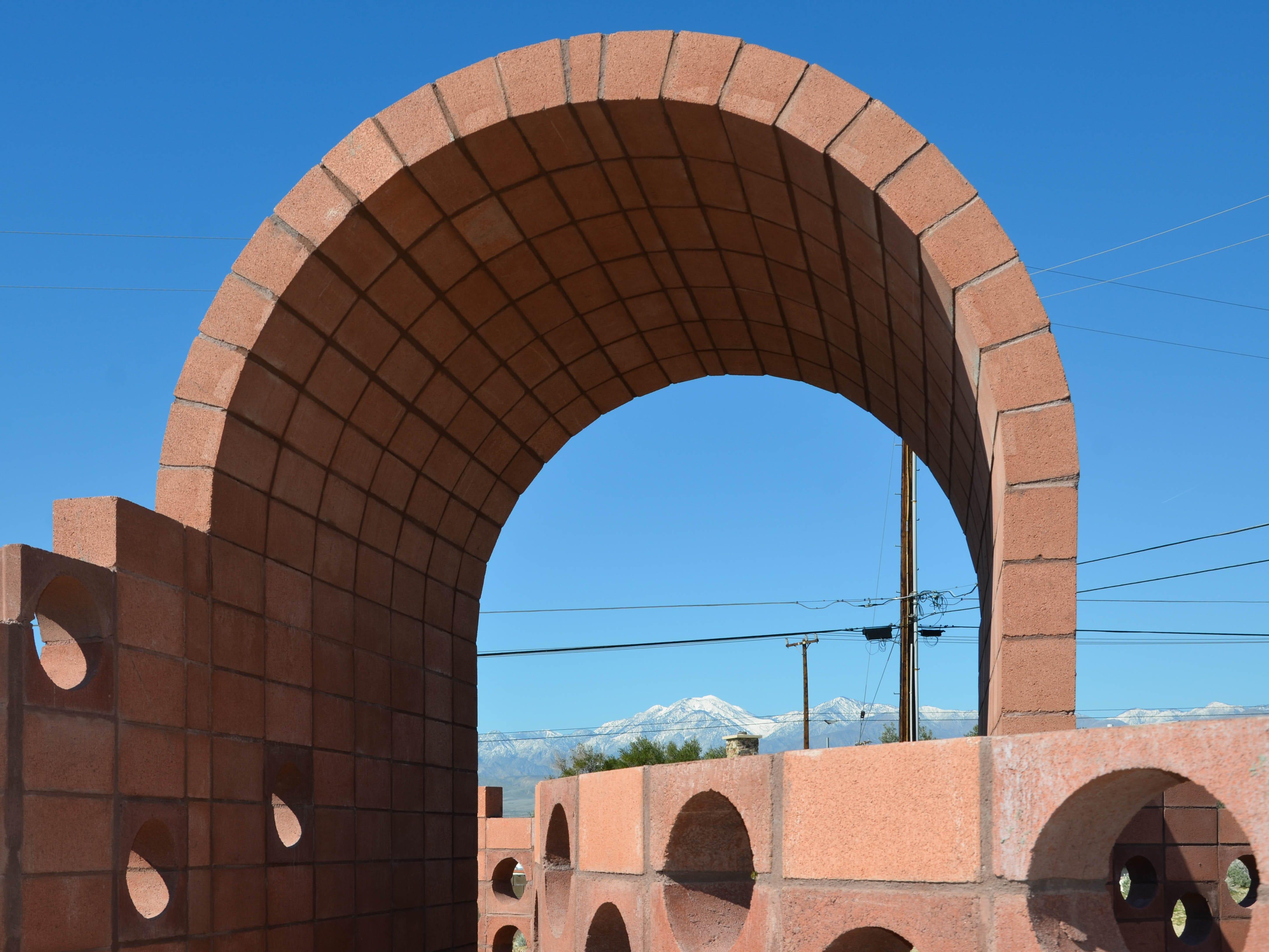 """""""Going Nowhere Pavilion #01"""" by Julian Hoeber for Desert X 2019"""