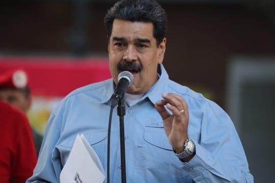 El presidente de Venezuela, Nicolás Maduro, habla durante un acto en la Plaza de Bolívar, en Caracas (Venezuela).