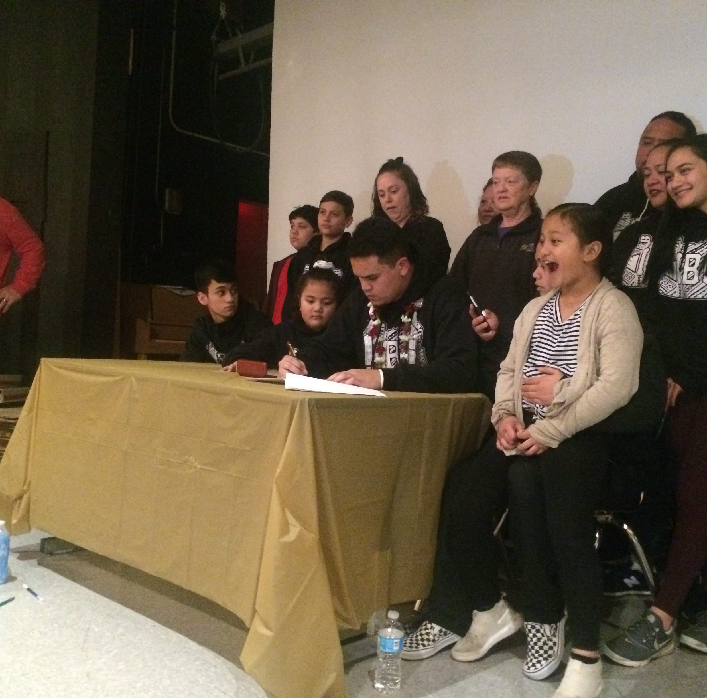 South Salem, Silverton, Kennedy football players sign to colleges