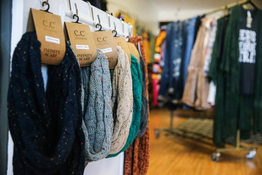 So Unique Boutique sells clothing and accessories for all sizes.