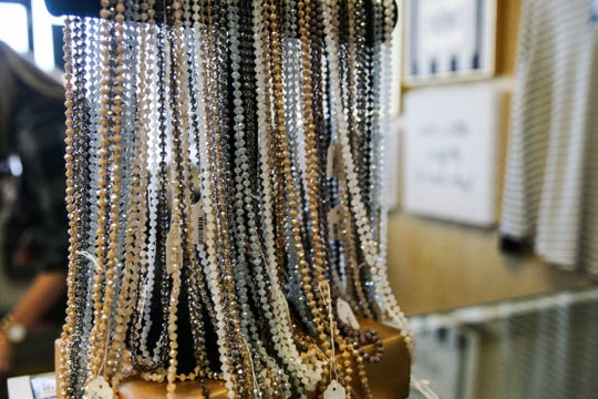 So Unique Boutique sells clothing and accessories, including jewelry.