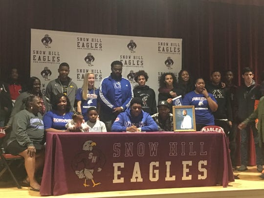 Shamiaz Elsey signs his national letter of intent to play football at Elizabeth City State University.