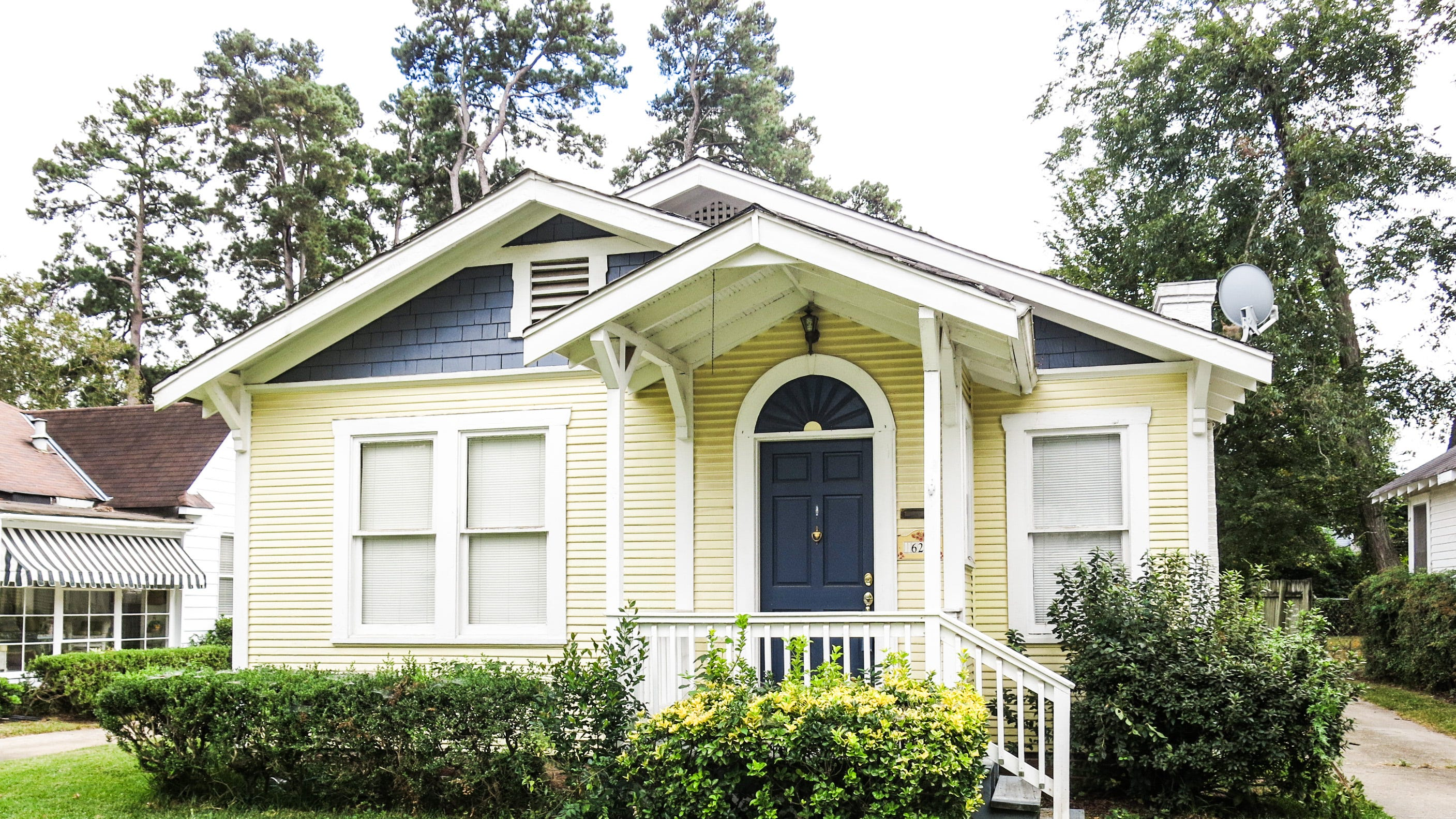 629 Stephenson St.,   Shreveport  Price: $139,900  Details: 3 bedrooms, 1 bathroom, 1,418 square feet  Special features: Historic craftsman style home with original hardwood floors, most of the home restored,   2 car garage, covered and uncovered deck, move-in ready   for a new owner.   Contact: Robin Ramsey, 573-1916