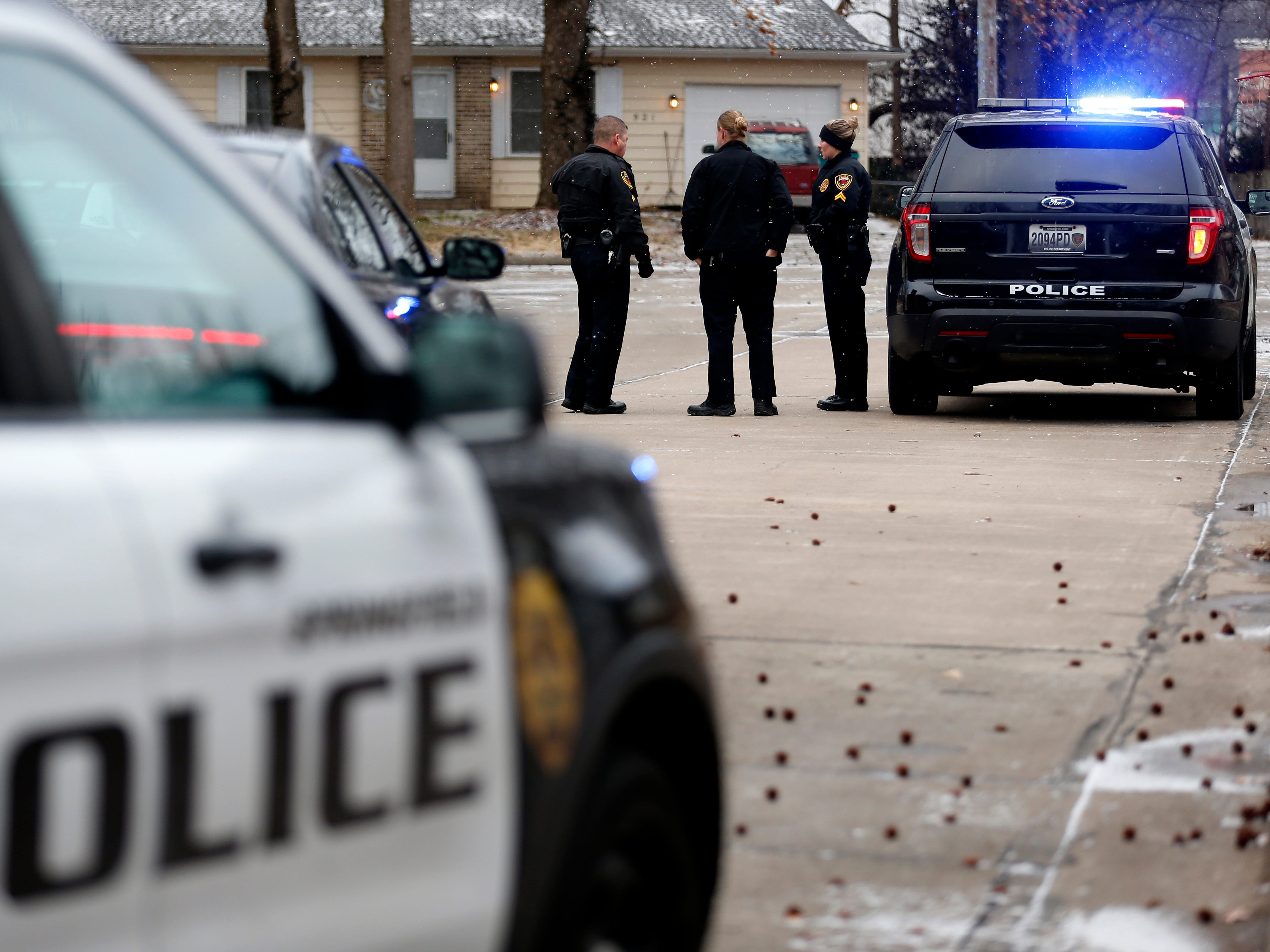 Police investigate a shooting in the 600 block of West Downing Street on Thursday, Feb. 7, 2019.