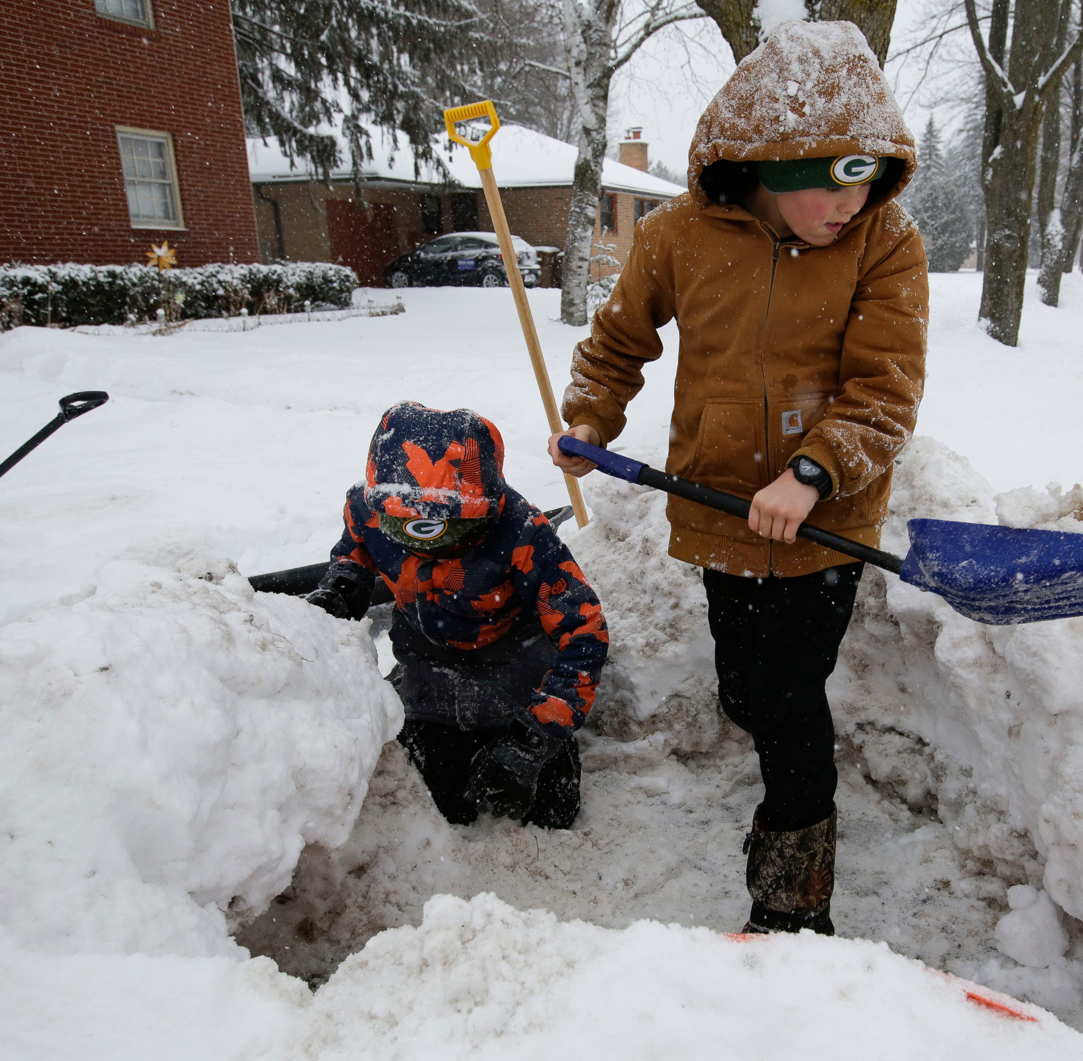 Wisconsin Rapids Public Schools add 15 minutes to each day to make up for cancellations