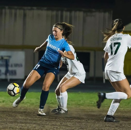 Marli Hodges had a goal and an assist as the Camarillo High girls soccer team edged host Claremont in the first round of the CIF-Southern Section Division 2 playoffs Wednesday night.