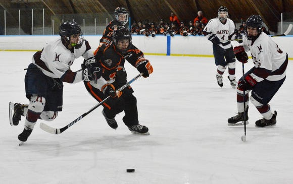 Tommy Conley and Mamaroneck got a pair of goals from Ben Boren and ran its unbeaten streak to 10 games with a 6-3 win over the Harvey School at Evarts Rink on Wednesday, Feb. 6, 2018.