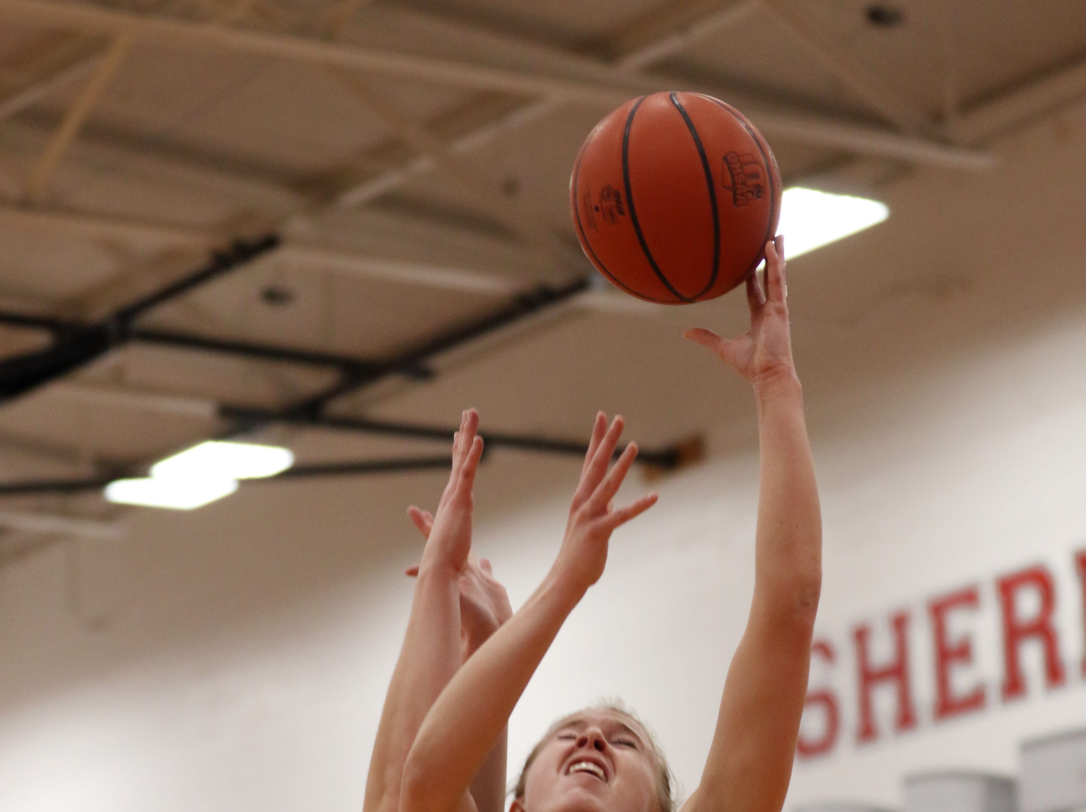 Sheridan beat visiting Tri-Valley to clinch Muskingum Valley League title Wednesday night.