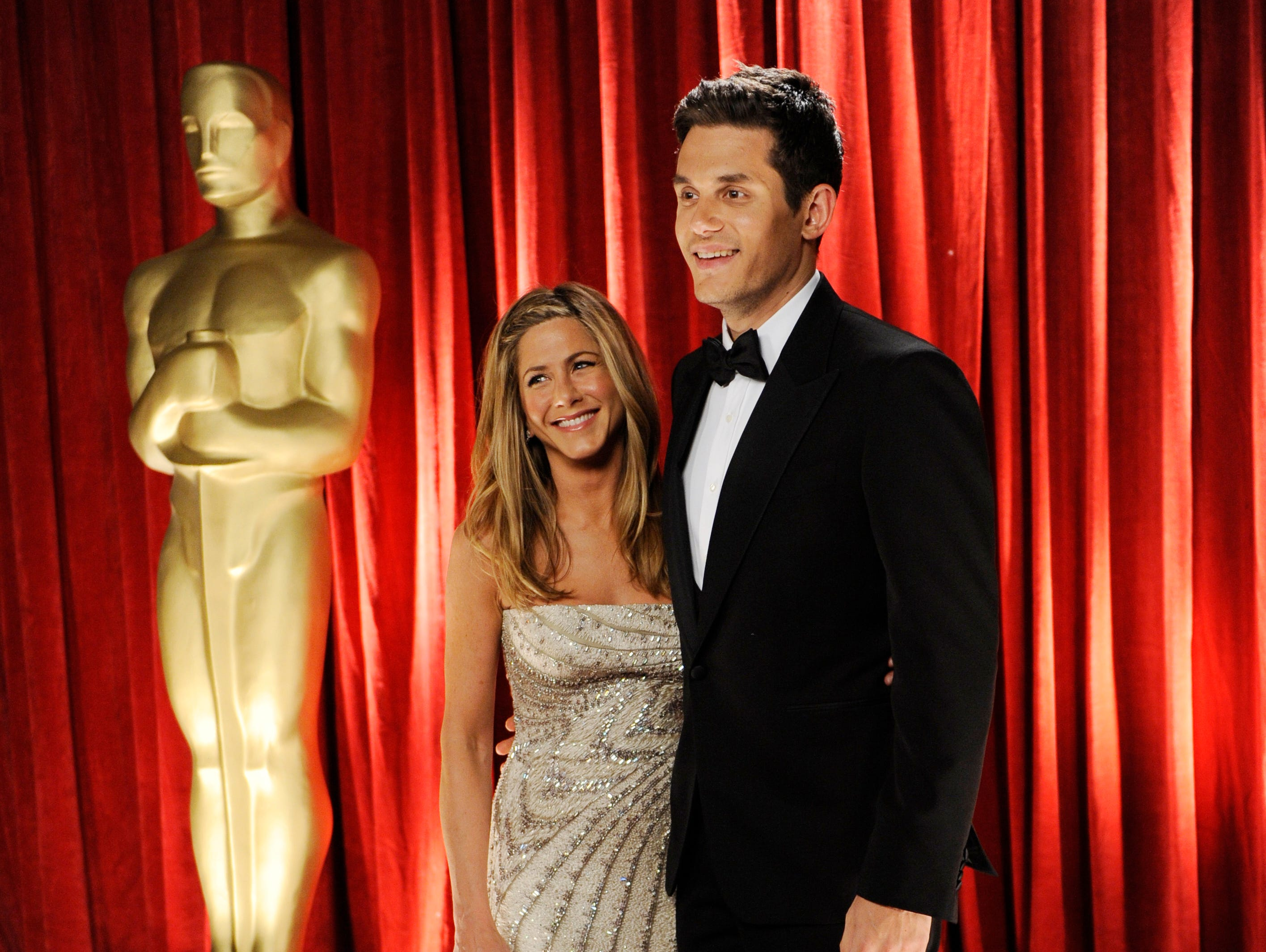 She dated singer John Mayer, nine years her junior, for about a year starting in 2008. They couple hit the 2009 Oscars together.