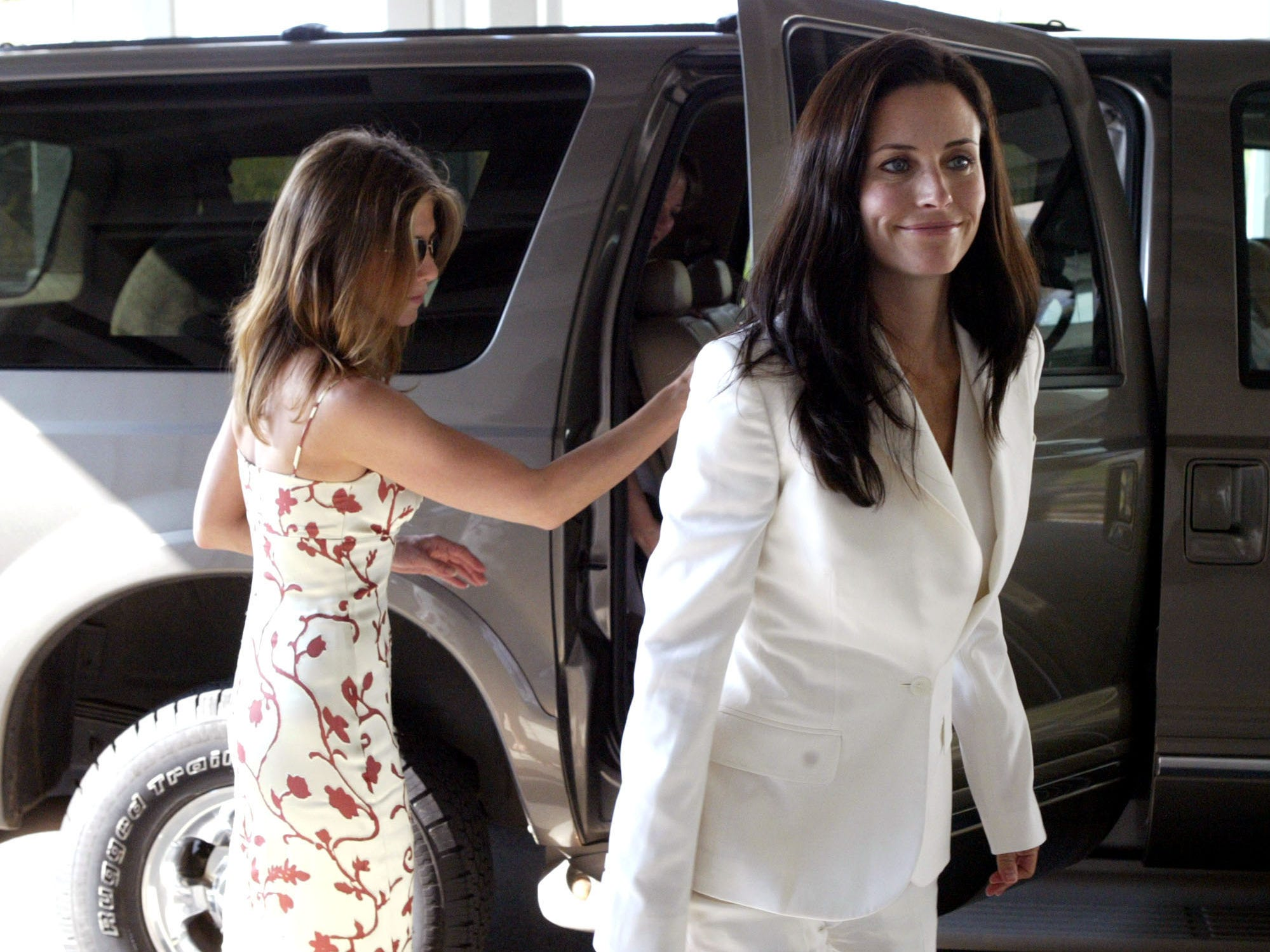 That April, a tabloid-shy Aniston traveled to Courtney Cox's home state of Alabama for the christening of her co-star's daughter Coco.