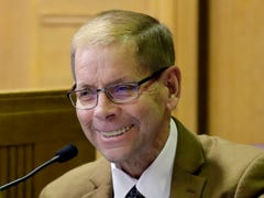 Former Fox Crossing Municipal Judge Len Kachinsky accused of violating restraining order