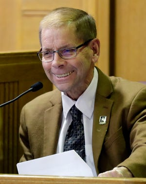 Fox Crossing Municipal Judge Len Kachinsky testifies during a Wisconsin Judicial Commission disciplinary hearing Feb. 8 at the Winnebago County Courthouse in Oshkosh.