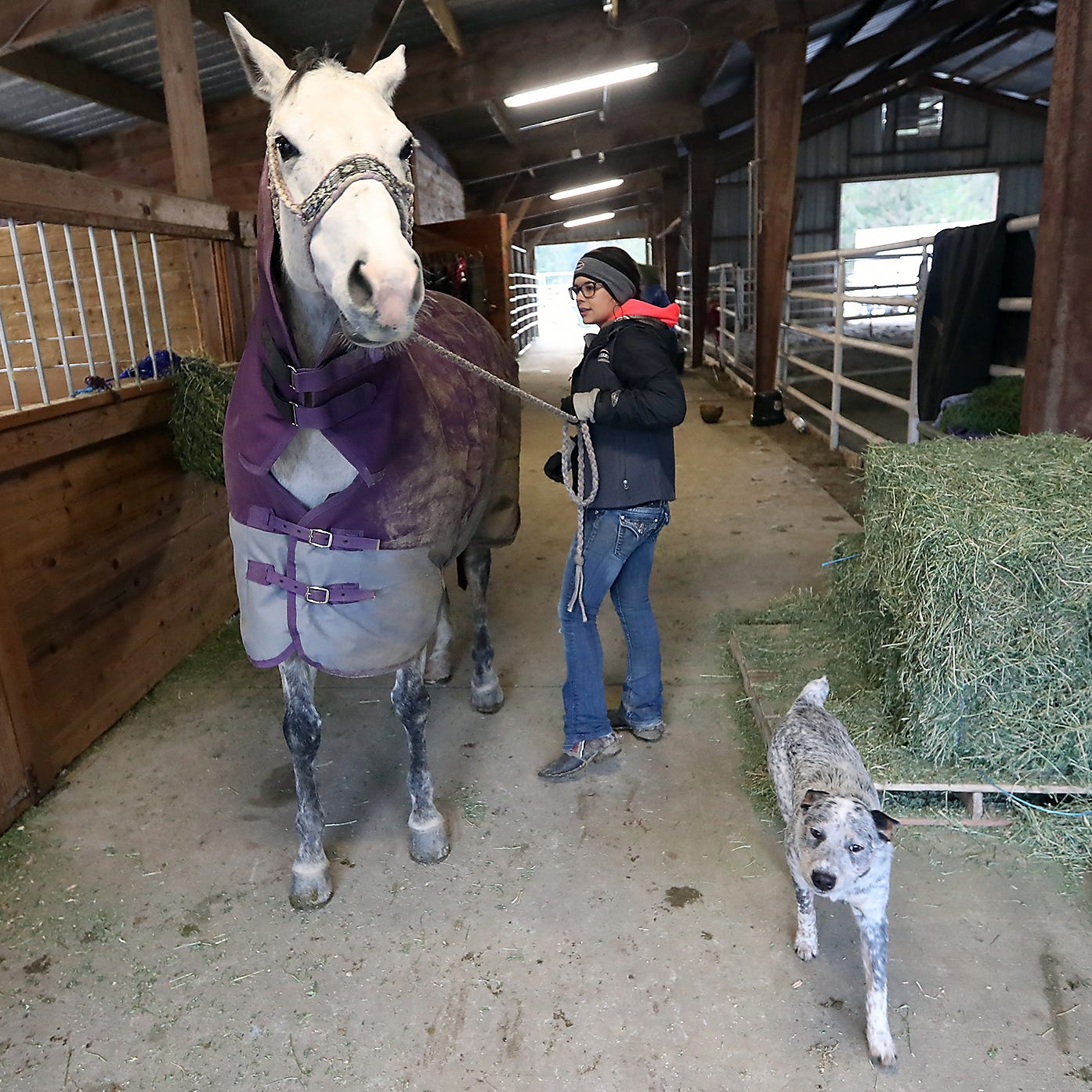 Against the odds, Bremerton barrel racer heads to elite competition in Texas