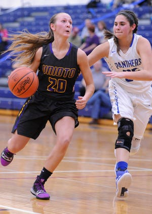 Unioto's Amber Cottrill takes the ball to the rim in a 47-20 win over Southeastern during the 2018-19 season.
