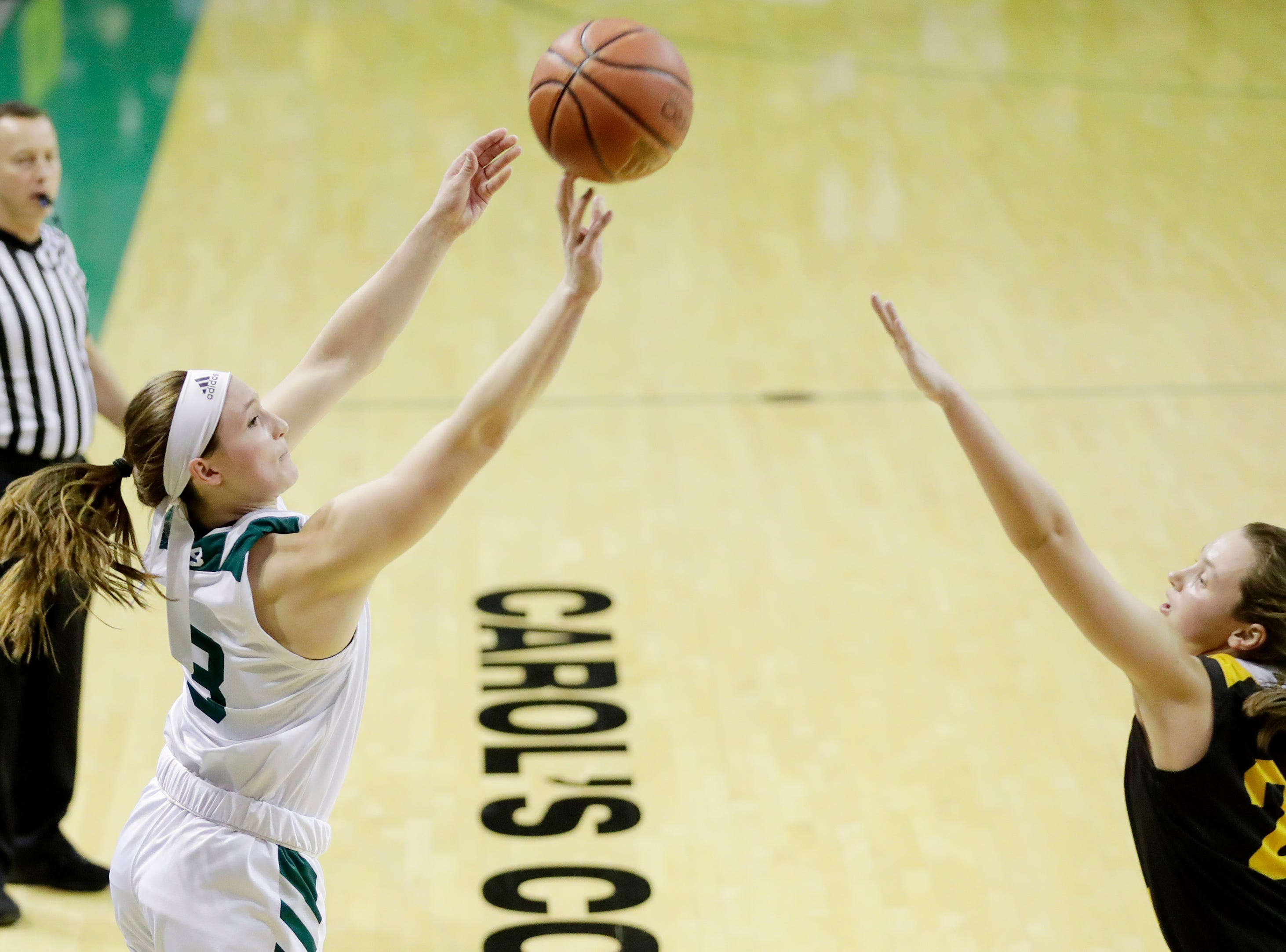 Green Bay Phoenix guard Frankie Wurtz (3) shoots a three against the Northern Kentucky Norse in a Horizon League women's basketball game at the Kress Center on Thursday, February 7, 2019 in Green Bay, Wis.