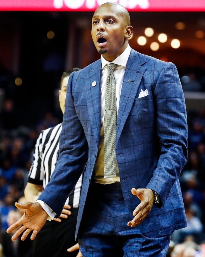 Memphis head coach Penny Hardaway reacts during a 69-64 loss to Cincinnati at the FedExForum, Thursday, February 7, 2019.
