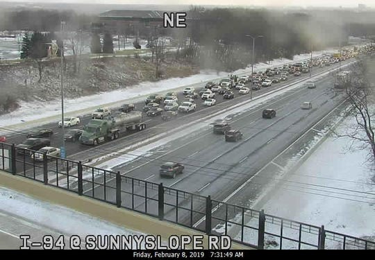 Westbound I-94 traffic backsup due to a full freeway closing at Calhoun Rd.