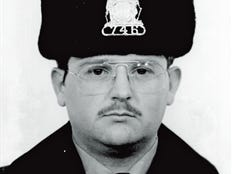 Steven J. Hasenstab Start of duty: November 3, 1980         End of watch: August 19, 1989