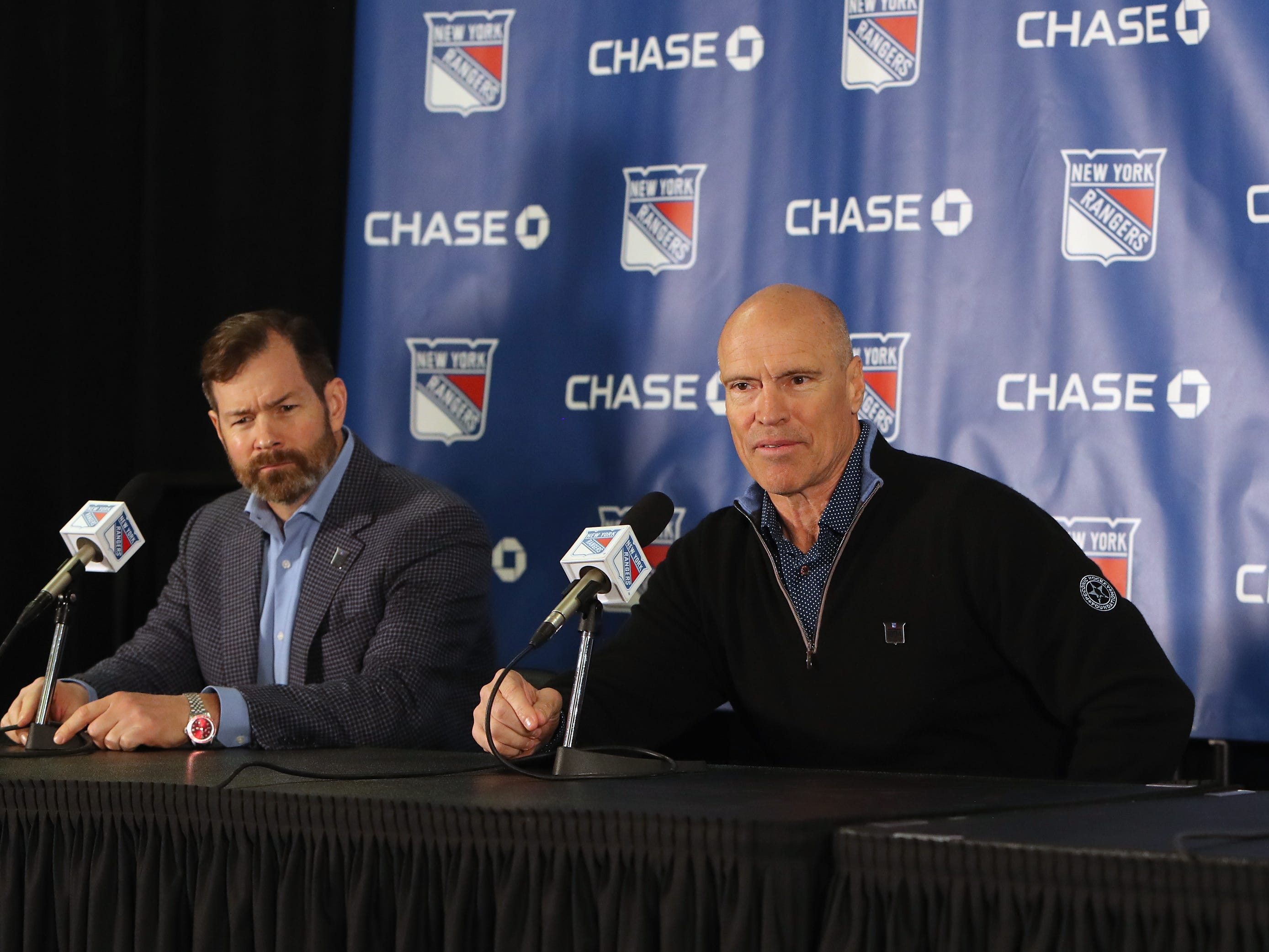 NEW YORK, NEW YORK - FEBRUARY 08: (l-r) Former New York Rangers Mike Richter and Mark Messier  speak with the media prior to the Rangers game against the Carolina Hurricanes at Madison Square Garden on February 08, 2019 in New York City. The Rangers were celebrating the 25th anniversary of their Stanley Cup win in 1994.