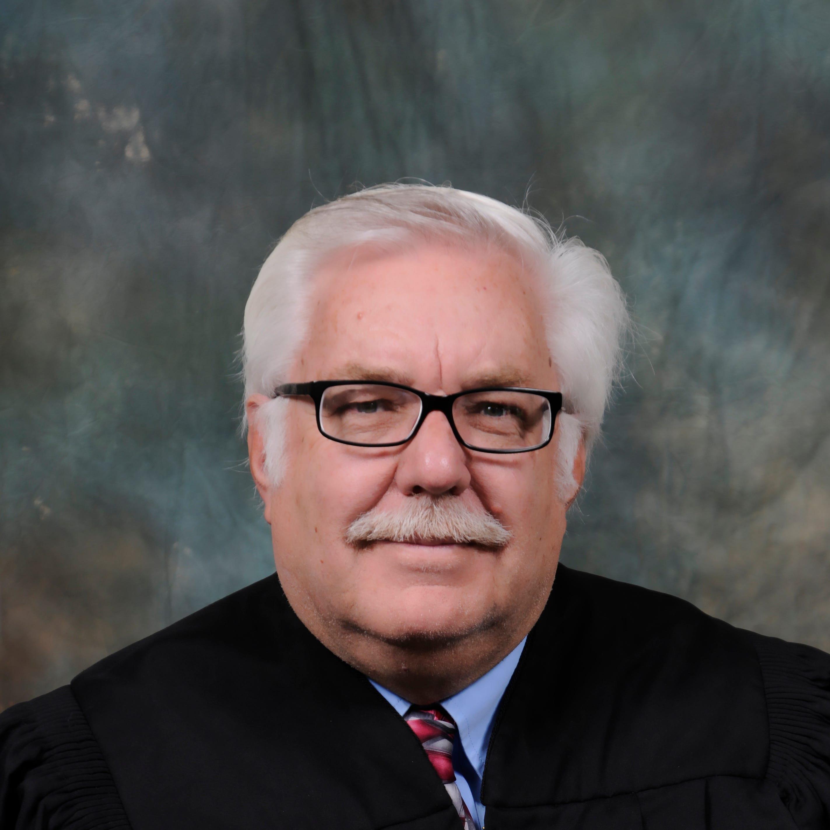 District Judge Dean set to step down from the bench