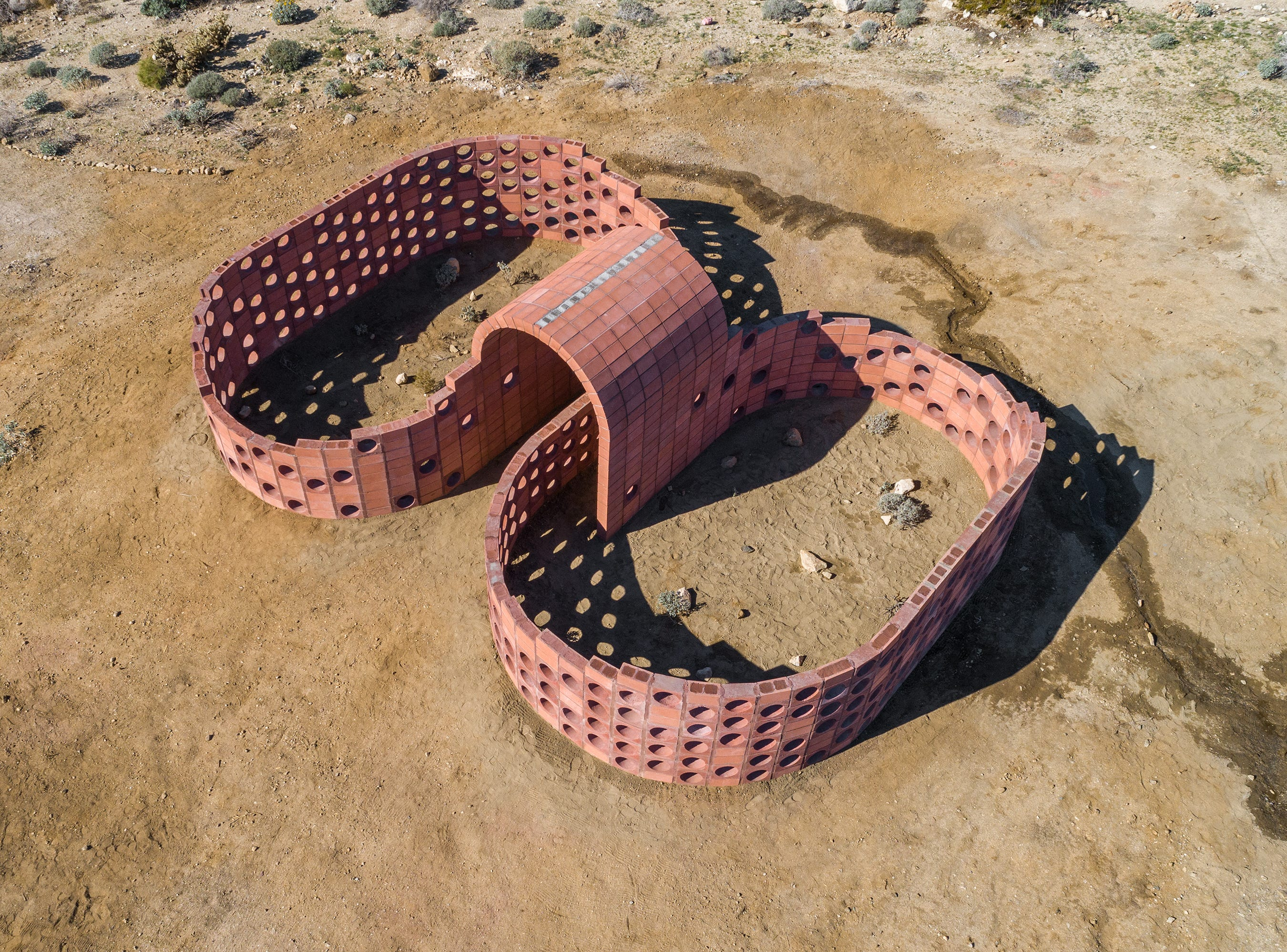 """""""Going Nowhere Pavilion #01"""" and """"Executed Variant DHS #1 (Q1, CJ, DC)"""" by Julian Hoeber for Desert X 2019"""