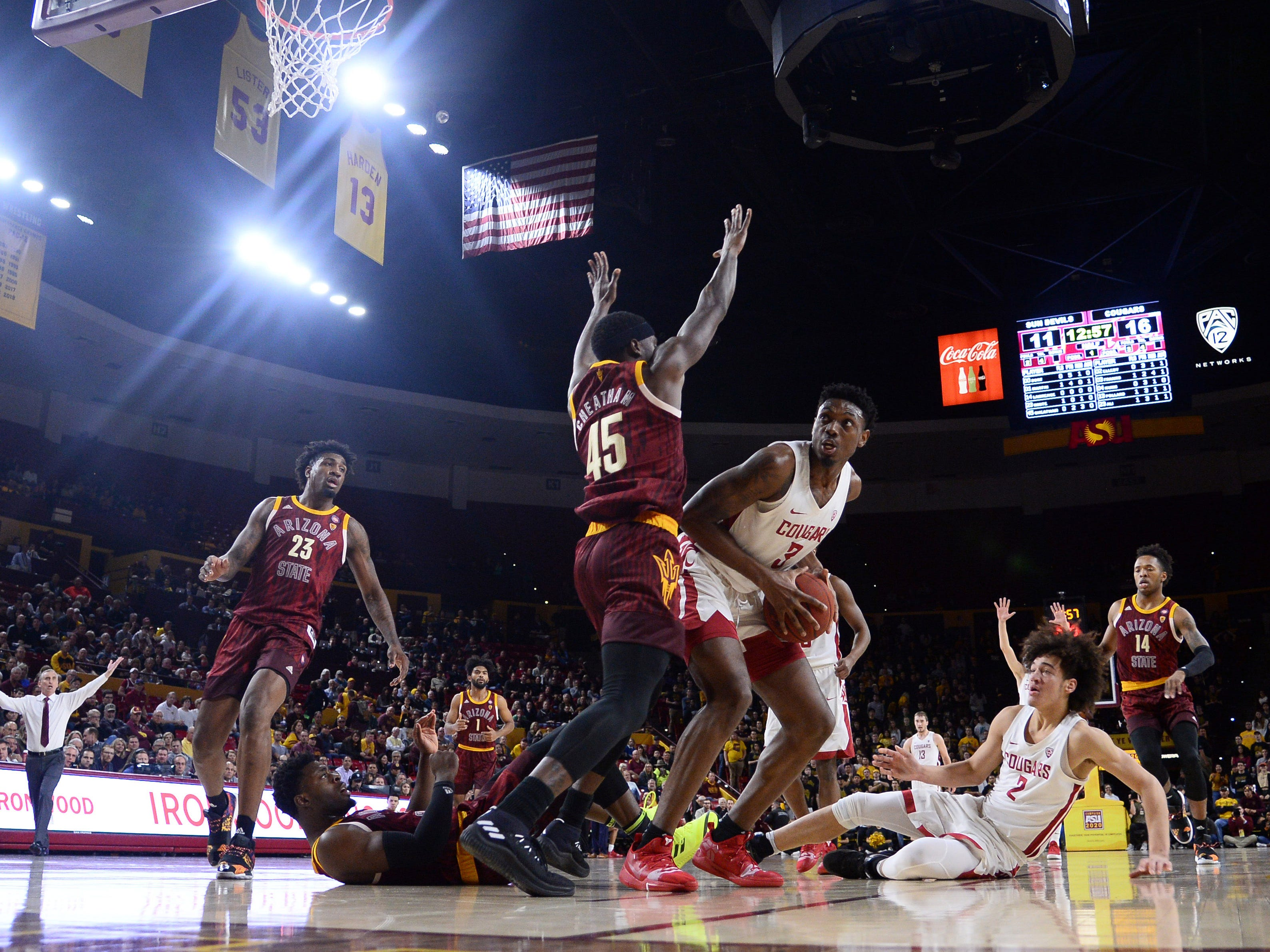 Feb 7, 2019; Tempe, AZ, USA; Washington State Cougars forward Robert Franks (3) controls the ball under the net against the Arizona State Sun Devils during the first half at Wells Fargo Arena (AZ).