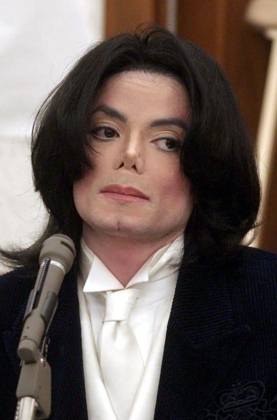 La ex empleada del cantante aseguró que Michael Jackson  abusó de una docena de niños.