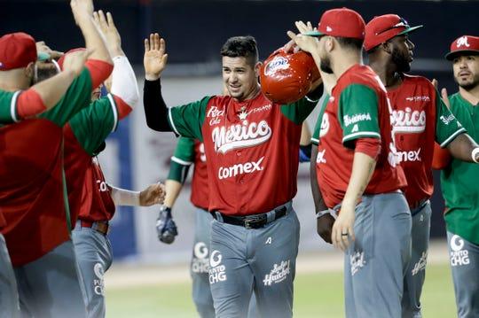 El Tricolor en béisbol le pegó a Cuba y se mantiene con vida en el certamen.