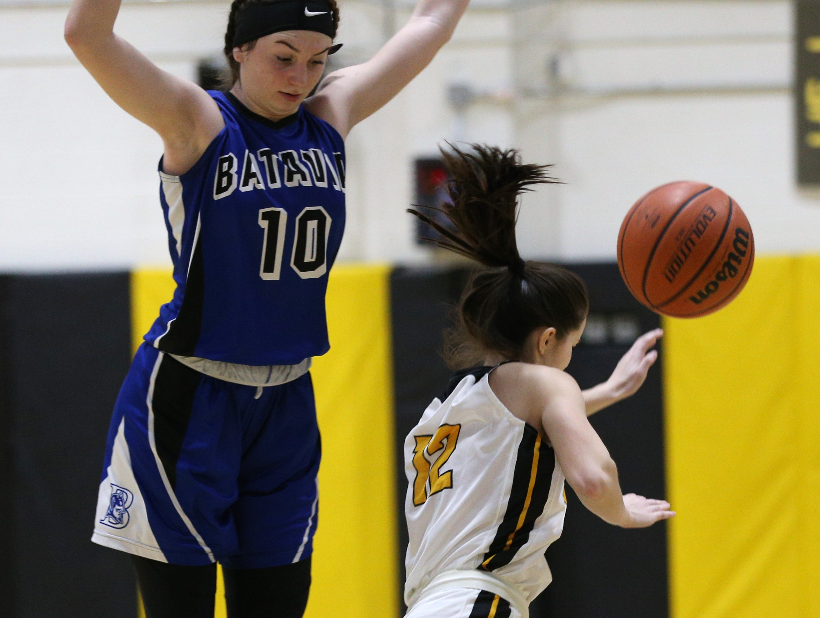 HF-L's Katie Brown (25) against Batavia's Ryann Stefaniak (10).