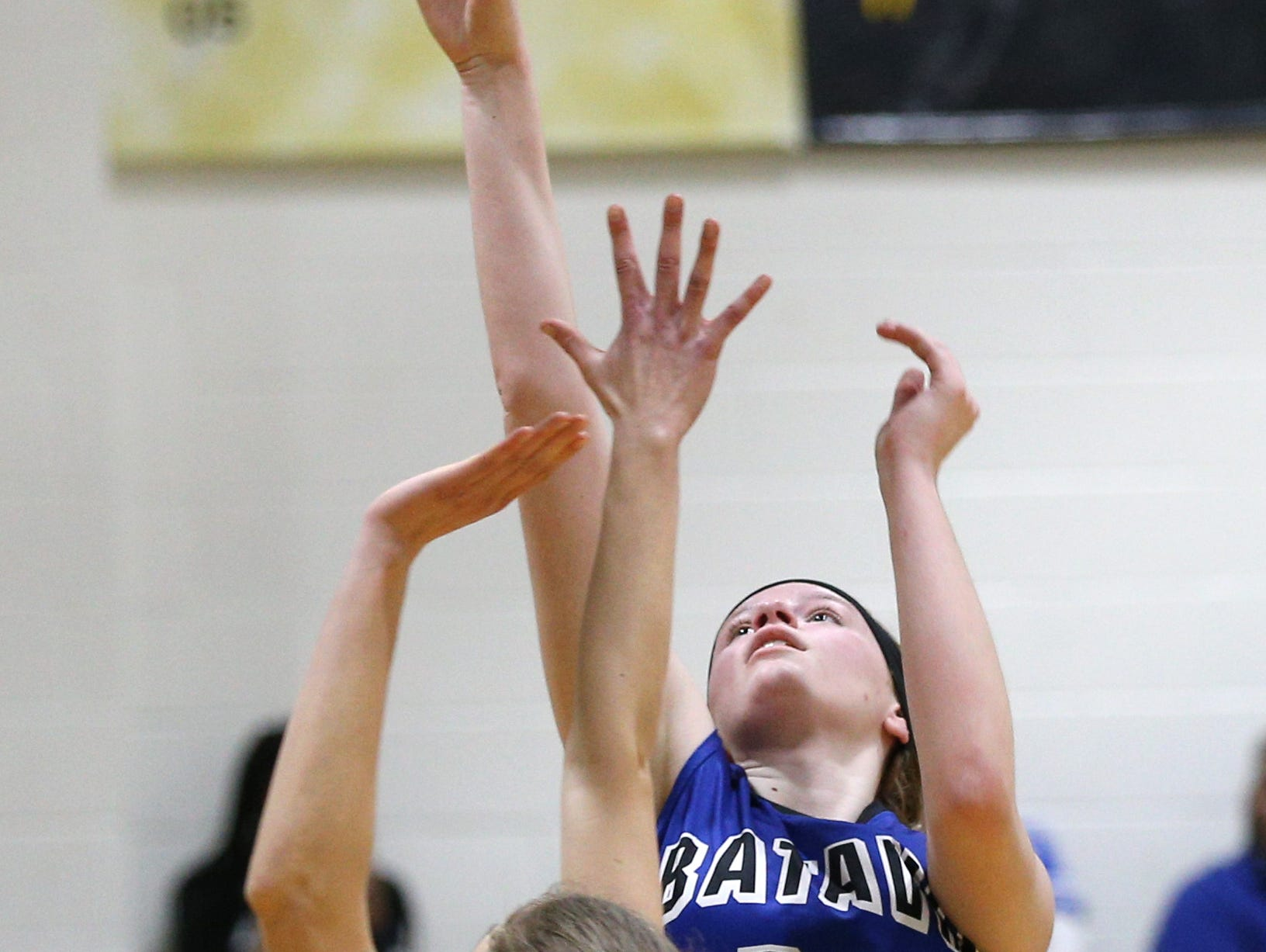 Batavia's Emma Krolczyk (15) shoots against HF-L.