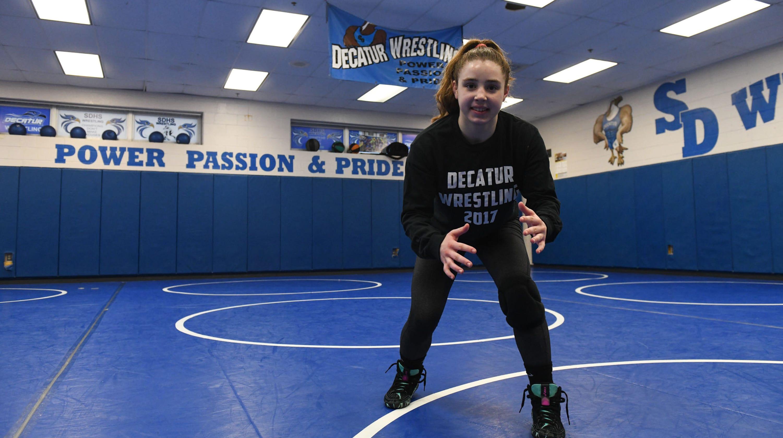 9ca79591f Stephen Decatur female wrestler wins state title