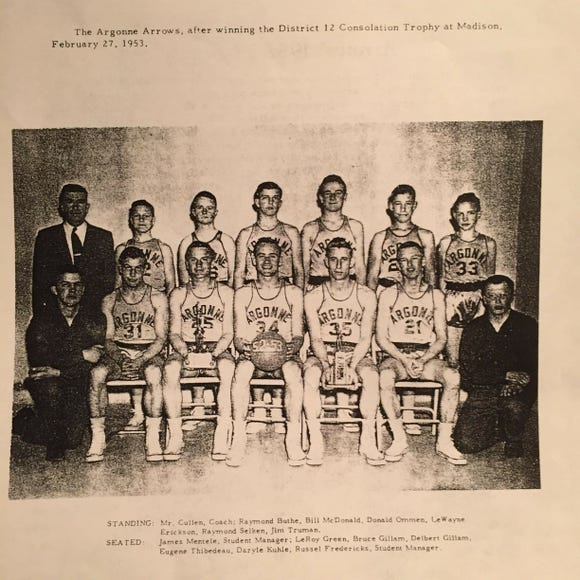 The Argonne Arrows were upset in the district tournament in 1953 and had to settle for the consolation trophy.
