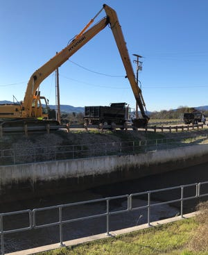 Casitas Municipal Water District hired a contractor to remove several feet of silt that has built up in the Los Robles diversion.