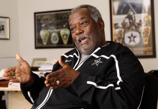 David Williams II, former Vanderbilt athletics director, 1948-2019