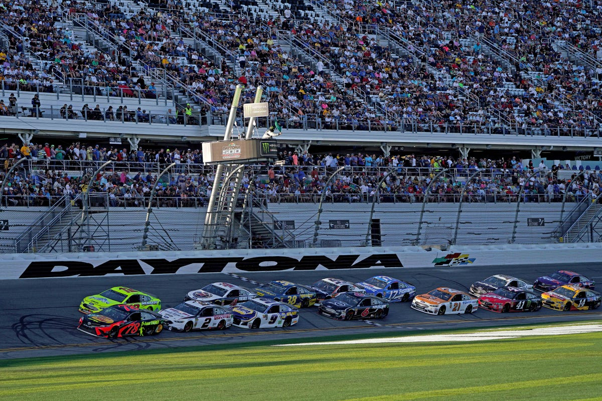 NASCAR: Time, TV schedule for Daytona 500 pole qualifying, The Clash